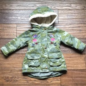Old Navy green camo embroidered coat toddler 12-18